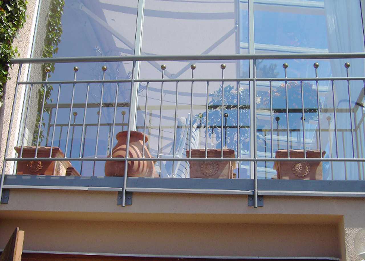 Franz?sischer Balkon aus verzinktem Stahl Stahl-Balkongel?nder